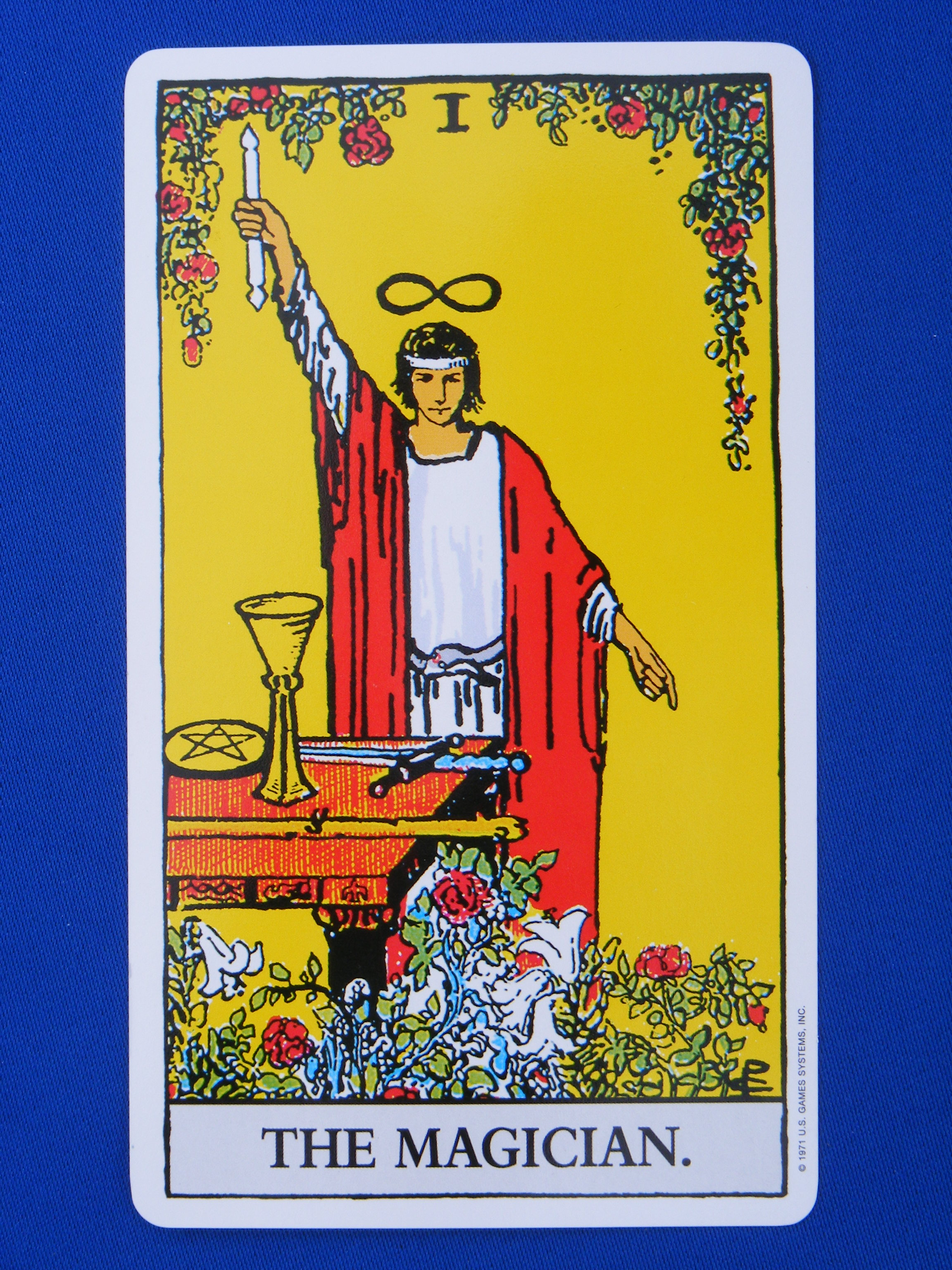 The Magician Tarot: Wesley Flash » Magic Monday: Altars